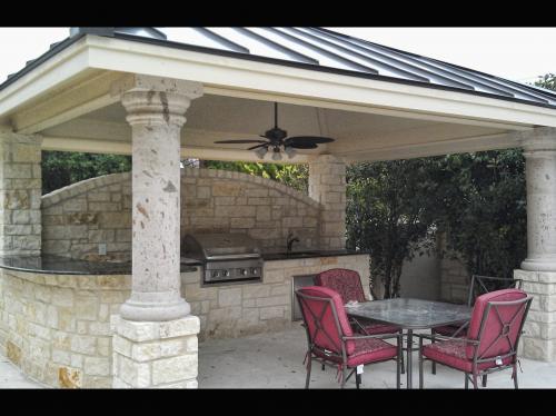outdoor kitchen-16-fine-patio-design-outdoor-san-antonio