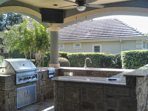 outdoor kitchen-2-fine-patio-design-outdoor-san-antonio