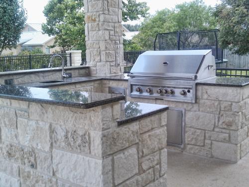 outdoor kitchen-32-fine-patio-design-outdoor-san-antonio