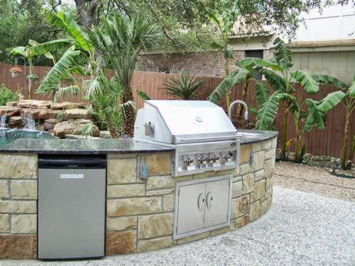 outdoor kitchen-53-fine-patio-design-outdoor-san-antonio