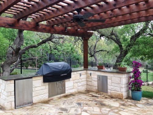 pergola-2-fine-patio-design-outdoor-san-antonio